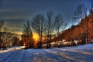 1280px-Sunset_in_Binii,_Switzerland