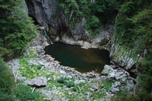Škocjan_Caves_lake